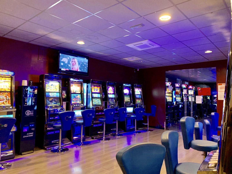 Sala Slot / Bar San fruttuoso