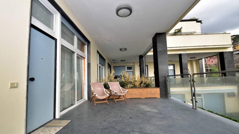 Appartamento Moneglia con giardino, terrazzo e Box
