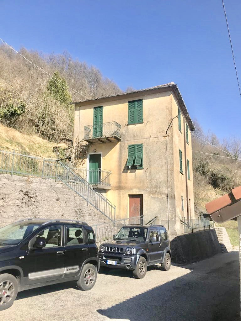 Casa Indipendente Lumarzo Rossi