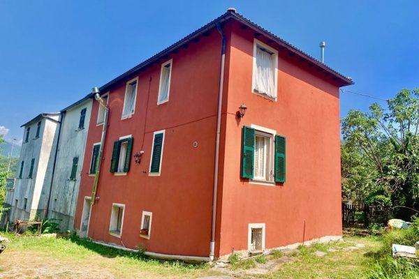 Appartamento in Casa indipendente Lumarzo Piane di Sella