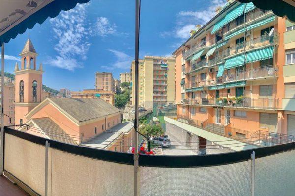 AFFITTASI Appartamento vani 5 con balconata vivibile Quezzi