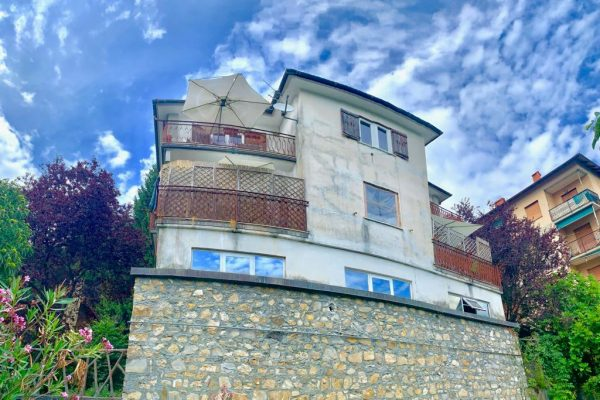 Appartamento indipendente con giardino e terrazzo vani 6 Davagna