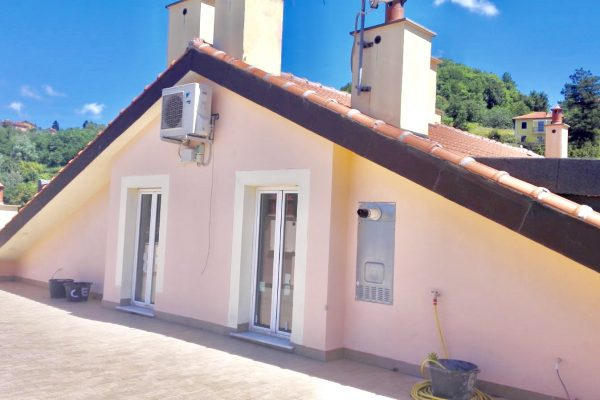 Attico mansardato Sant'olcese con terrazza vivibile