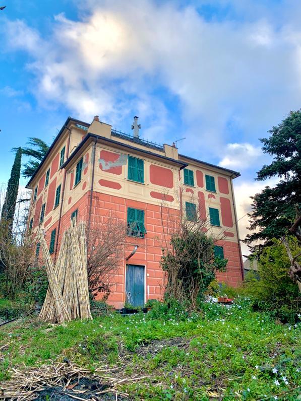 Villa Plurifamiliare 5 appartamenti Campomorone Gallareto