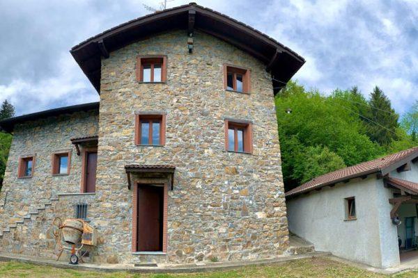 Villa indipendente con parco Torriglia Serrè