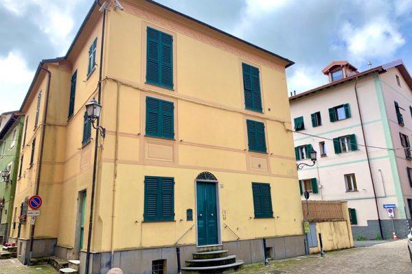 Appartamento suddivisibile Torriglia centro