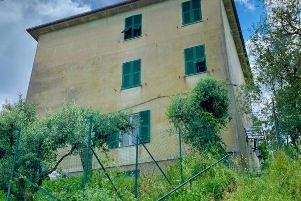 Appartamento vani 7 con giardino e terrazzo Bavari Montelungo